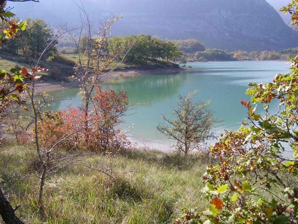 Un giorno, recatami sulla riva del fiume Gave per raccogliere legna insieme con due fanciulle, sentii un rumore.