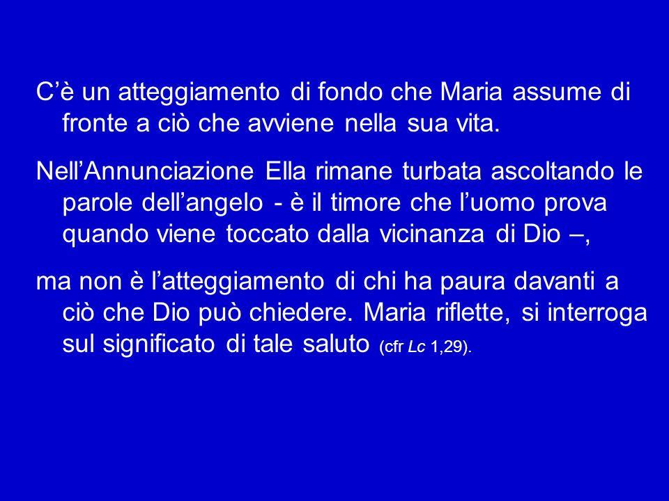 Davanti a tutto ciò, possiamo chiederci: come ha potuto vivere Maria questo cammino accanto al Figlio con una fede così salda, anche nelle oscurità, s