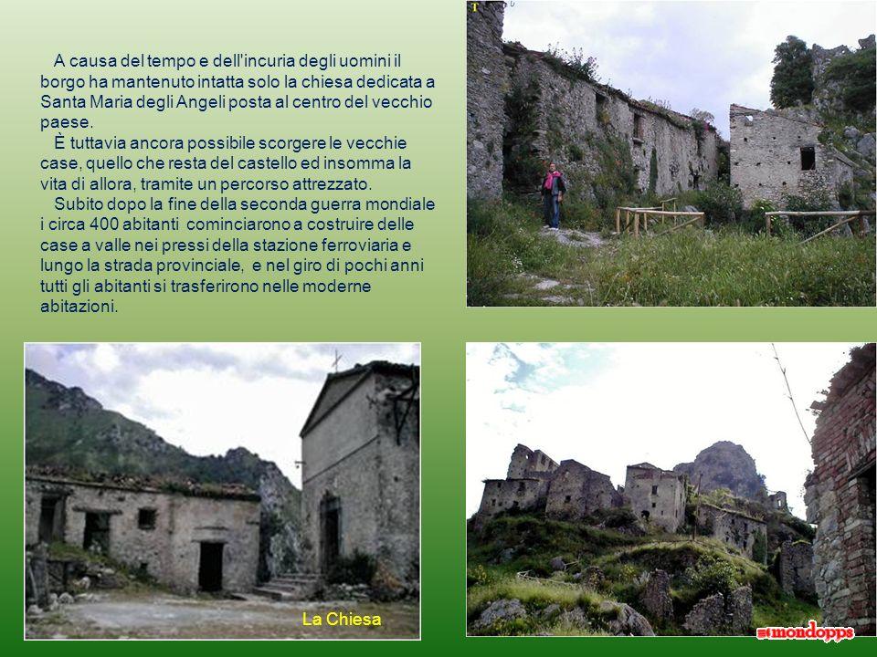 Borgo Medievale nato intorno al 1200 ai piedi del castello fondato verso il 1045 dal normanno Turgisio, giunto nella regione al seguito di Roberto il