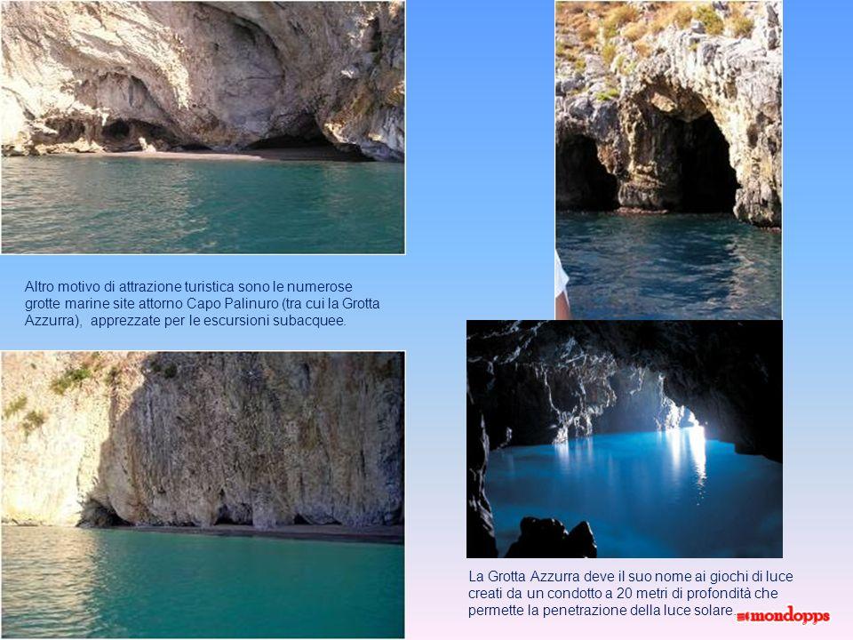 Altro motivo di attrazione turistica sono le numerose grotte marine site attorno Capo Palinuro (tra cui la Grotta Azzurra), apprezzate per le escursioni subacquee.