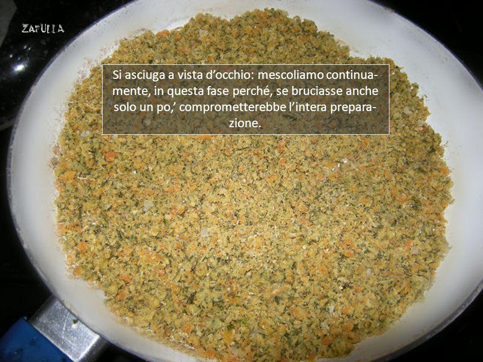 Tuttavia, se preferite un prodotto granulare asciut- to, come quello in commercio, basta continuare la cottura. Ora comincia a sgranarsi un po di più