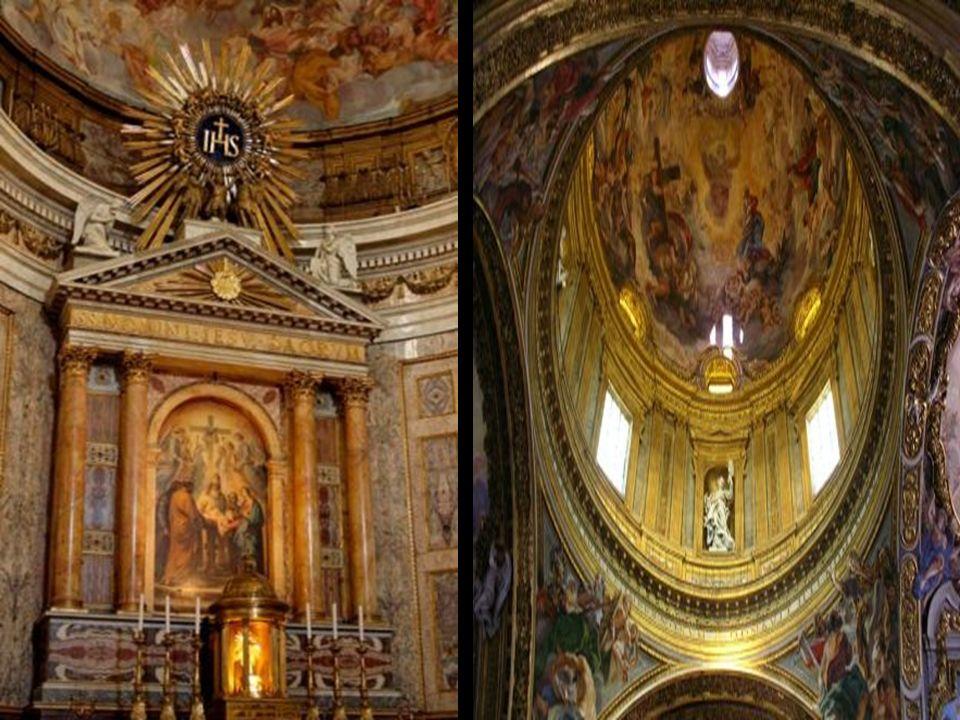 È la chiesa madre della Compagnia di Gesù. La sua facciata è riconosciuta come «la prima vera chiesa di arte barocca» ed è stato il modello di innumer