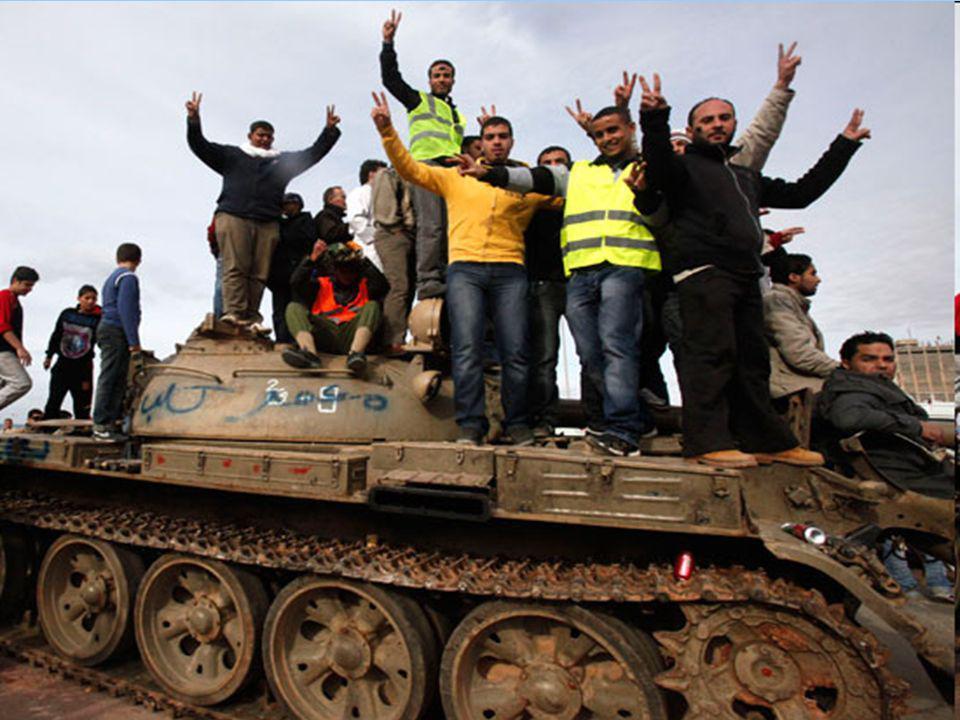 La risposta del regime è stata estremamente brutale: in una settimana la repressione ha causato oltre diecimila morti, anche attraverso l'operato di m