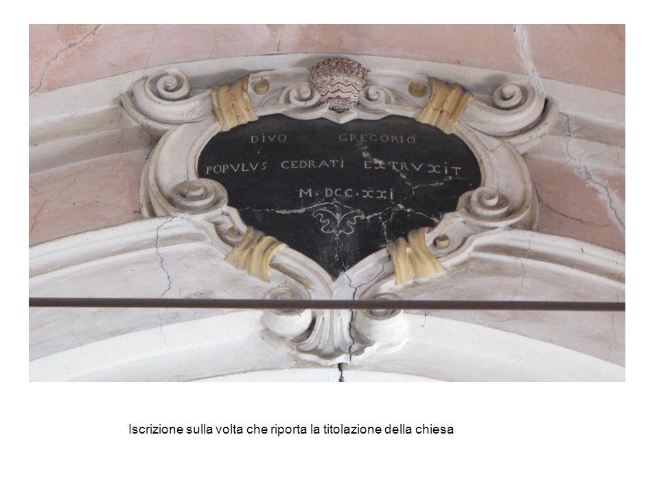 Iscrizione sulla volta che riporta la titolazione della chiesa