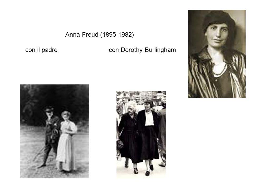 Anna Freud (1895-1982) con il padre con Dorothy Burlingham