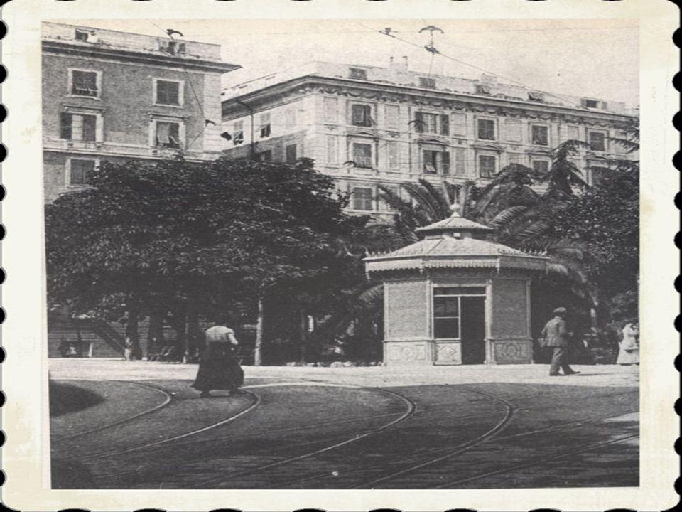 6)Nelle immediate vicinanze di piazza Manin si trova laccesso alla stazione del « Trenino di Casella», la ferrovia a scartamento ridotto che collega l