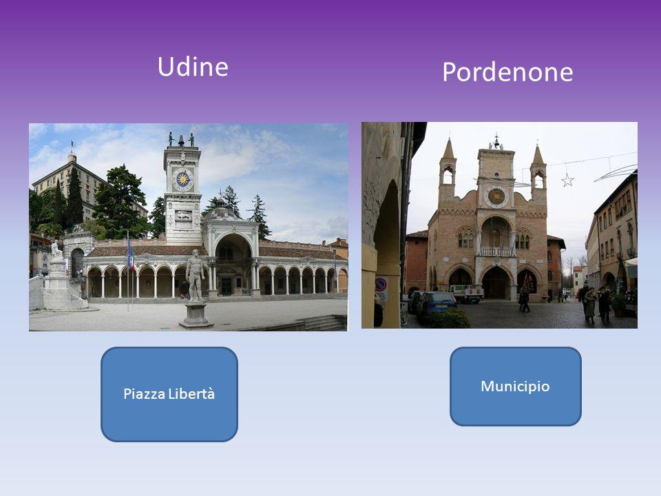 Piazza Libertà Udine Pordenone Municipio