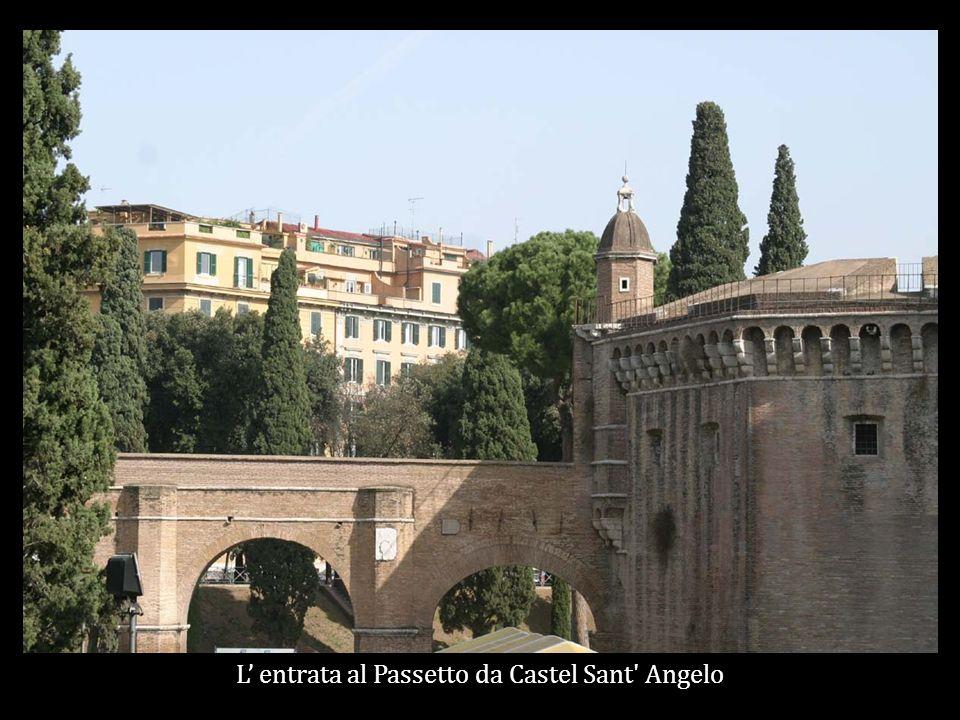 L entrata al Passetto da Castel Sant Angelo