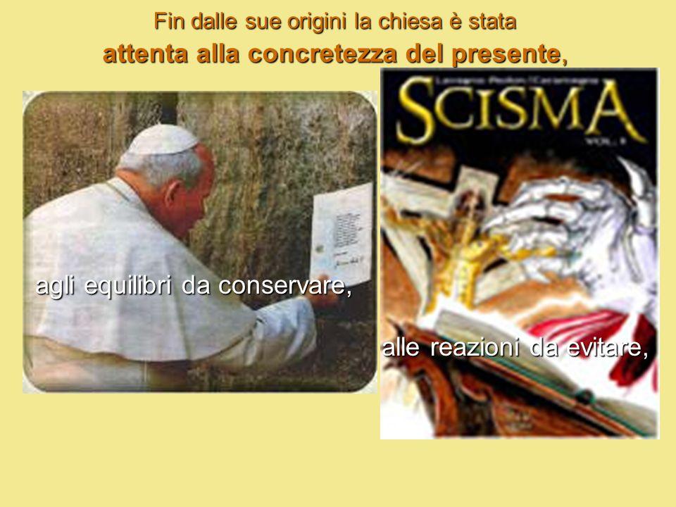 e consultandosi insieme nella comunità cristiana, attraverso convocazioni solenni che prendono il nome di sinodi o concili.