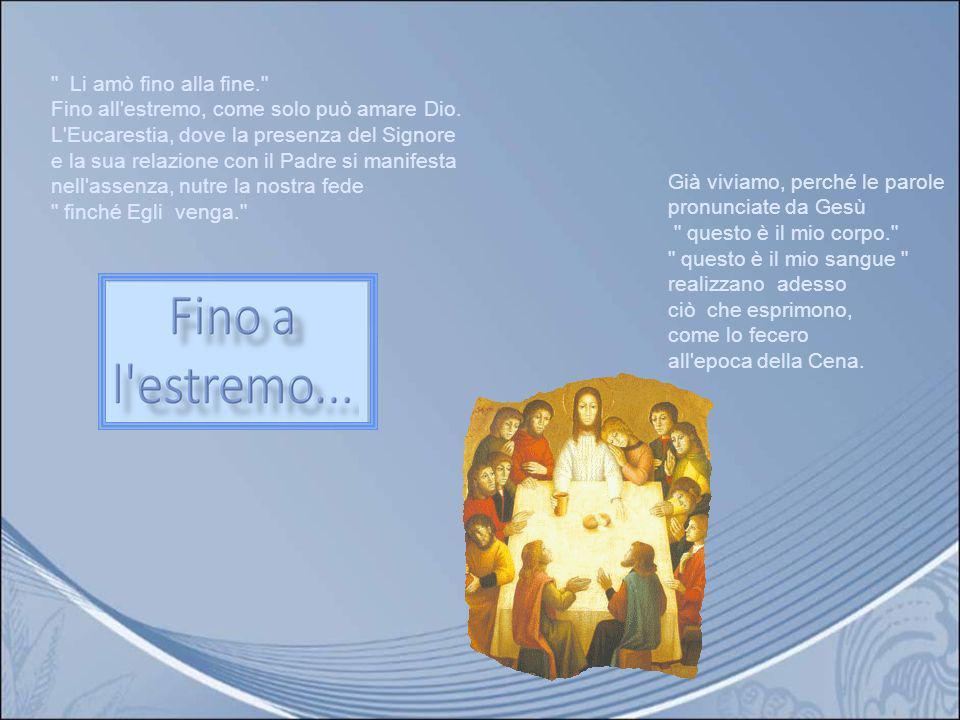 Il Maestro e Signore lava i piedi dei suoi discepoli e rivela così che Dio è un Dio di amore e di umiltà. Gesù, compiendo il memoriale, della prima Pa