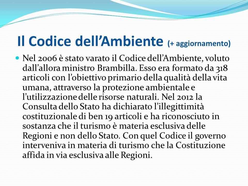 La politica ambientale in Italia 1/2 La politica ambientale comprende l'insieme degli interventi posti in essere dalle autorità pubbliche e dai soggetti privati al fine di disciplinare quelle attività umane che riducono la disponibilità delle risorse naturali o ne peggiorano la qualità e la fruibilità.
