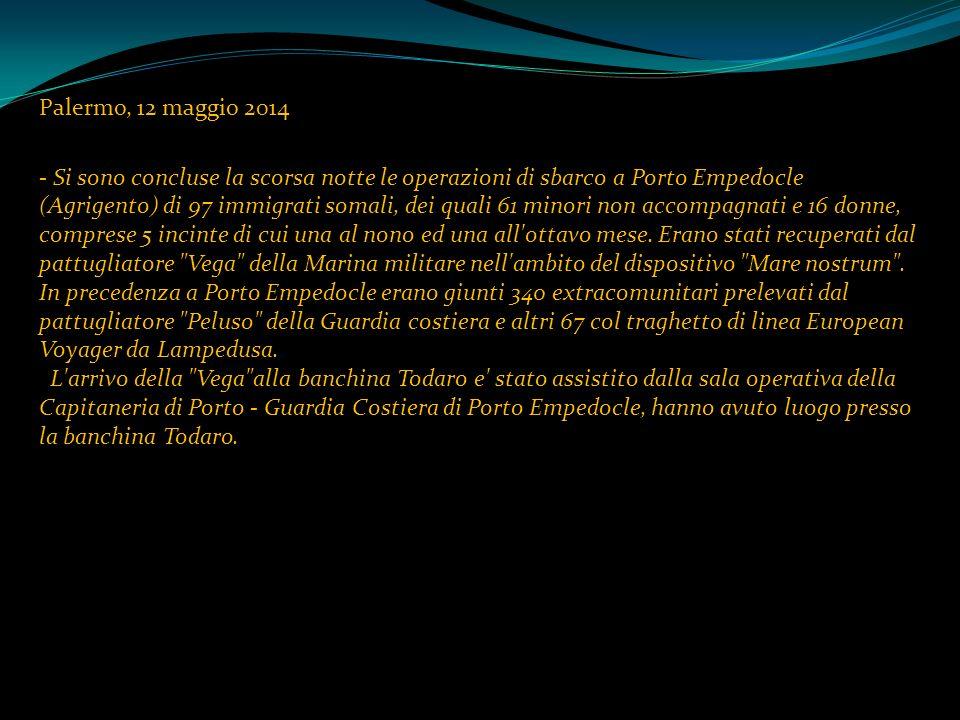 Palermo, 12 maggio 2014 - Si sono concluse la scorsa notte le operazioni di sbarco a Porto Empedocle (Agrigento) di 97 immigrati somali, dei quali 61 minori non accompagnati e 16 donne, comprese 5 incinte di cui una al nono ed una all ottavo mese.