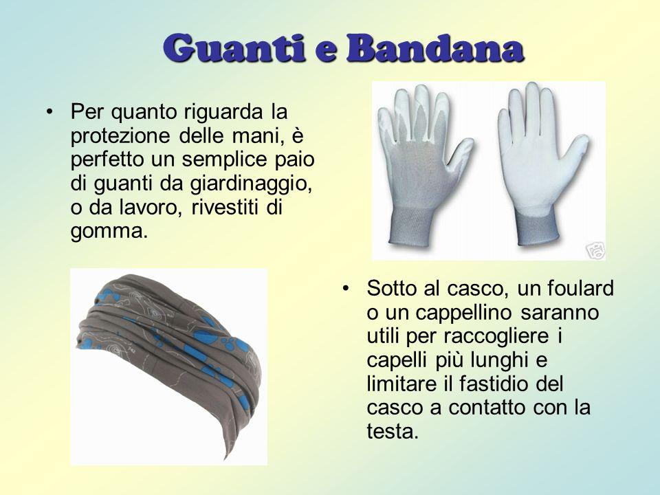 Calze e Intimo Ideali sono calzettoni di lana, pile o materiale sintetico.