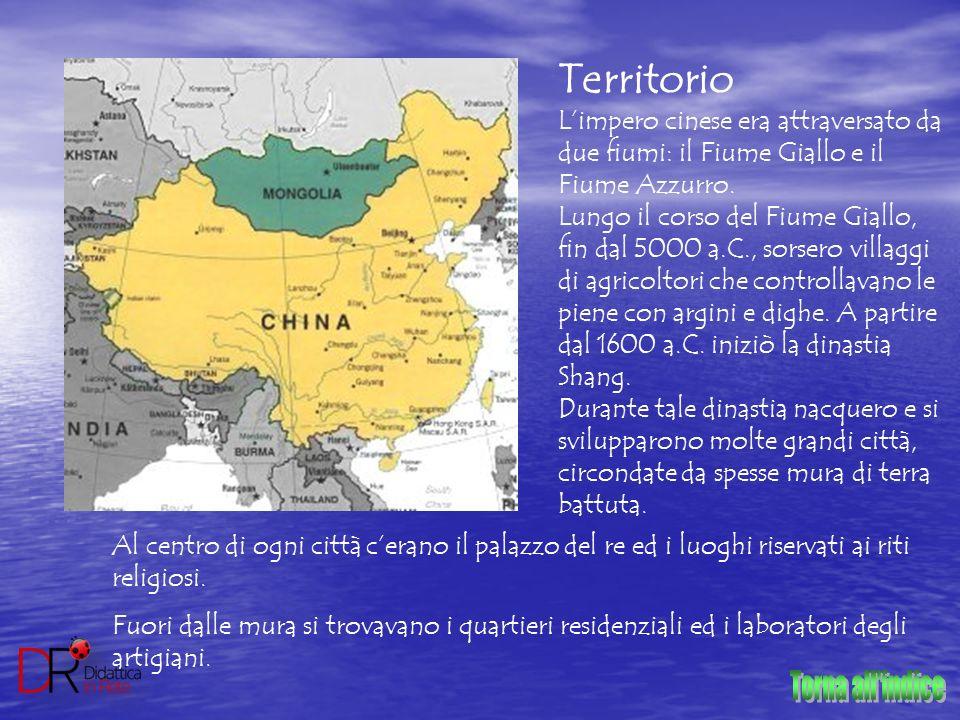 Territorio L'impero cinese era attraversato da due fiumi: il Fiume Giallo e il Fiume Azzurro. Lungo il corso del Fiume Giallo, fin dal 5000 a.C., sors