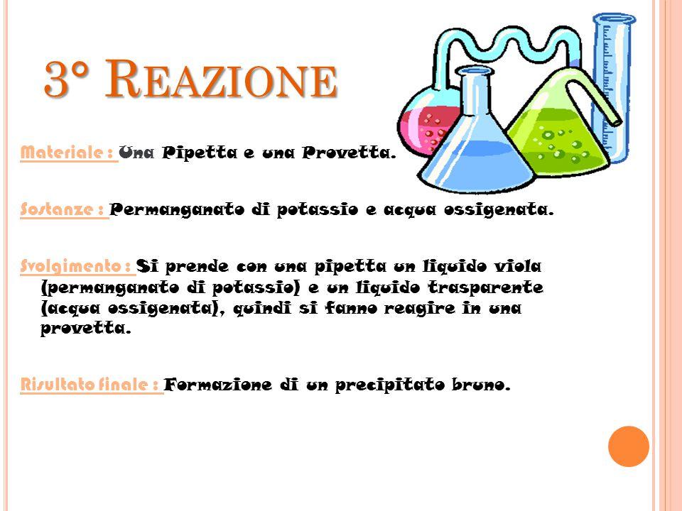 2° R EAZIONE Materiale : Una spatola, una provetta e un imbuto. Sostanze : Magnesio in polvere e acido cloridrico. Svolgimento : Con una spatola si pr