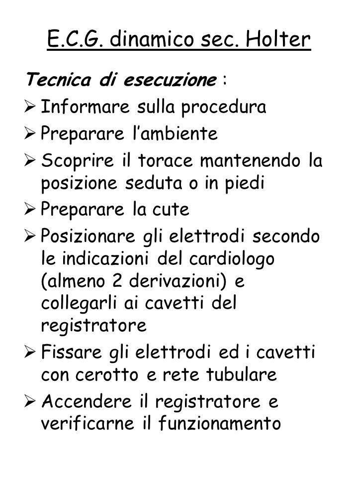 Tecnica di esecuzione :  Informare sulla procedura  Preparare l'ambiente  Scoprire il torace mantenendo la posizione seduta o in piedi  Preparare