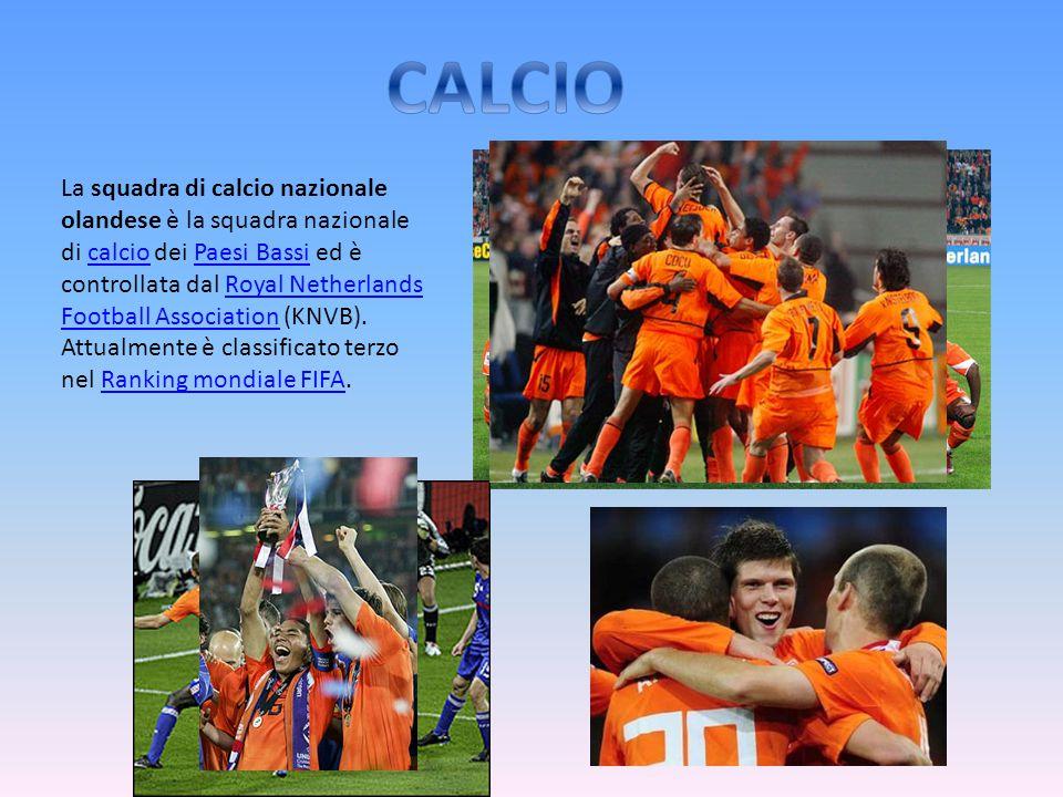 La squadra di calcio nazionale olandese è la squadra nazionale di calcio dei Paesi Bassi ed è controllata dal Royal Netherlands Football Association (