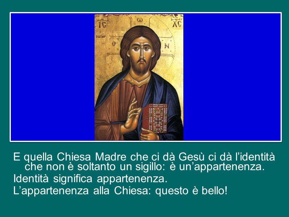 Il grande Paolo VI diceva: è una dicotomia assurda voler vivere con Gesù senza la Chiesa, seguire Gesù fuori della Chiesa, amare Gesù senza la Chiesa