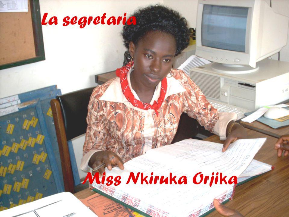 11 La segretaria Miss N k iru k a Orji k a