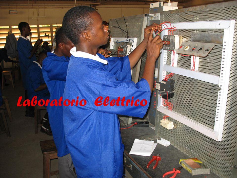 19 Laboratorio Elettrico