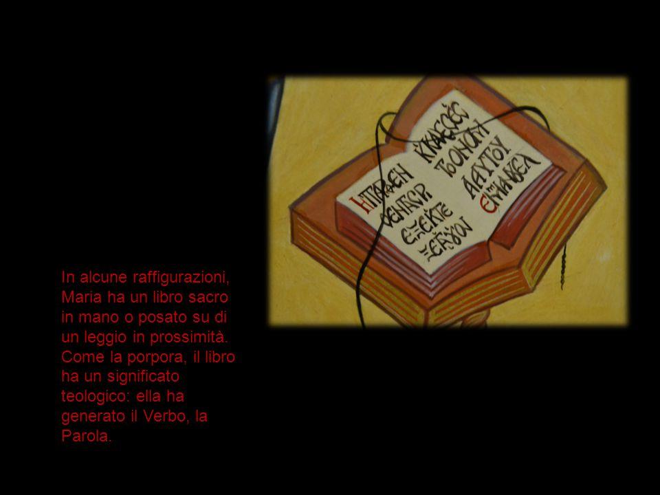 In alcune raffigurazioni, Maria ha un libro sacro in mano o posato su di un leggio in prossimità. Come la porpora, il libro ha un significato teologic