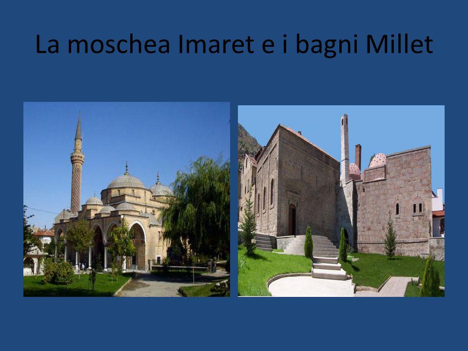 La moschea Imaret e i bagni Millet