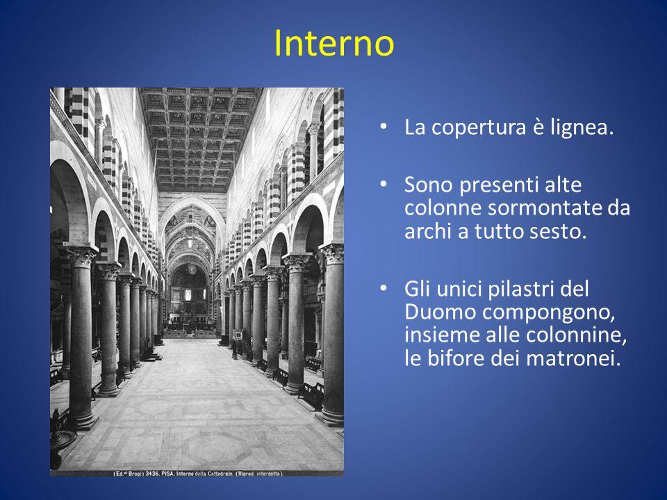 Interno La copertura è lignea.Sono presenti alte colonne sormontate da archi a tutto sesto.