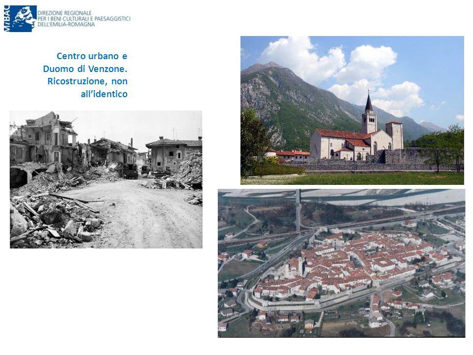 Centro urbano e Duomo di Venzone. Ricostruzione, non all'identico