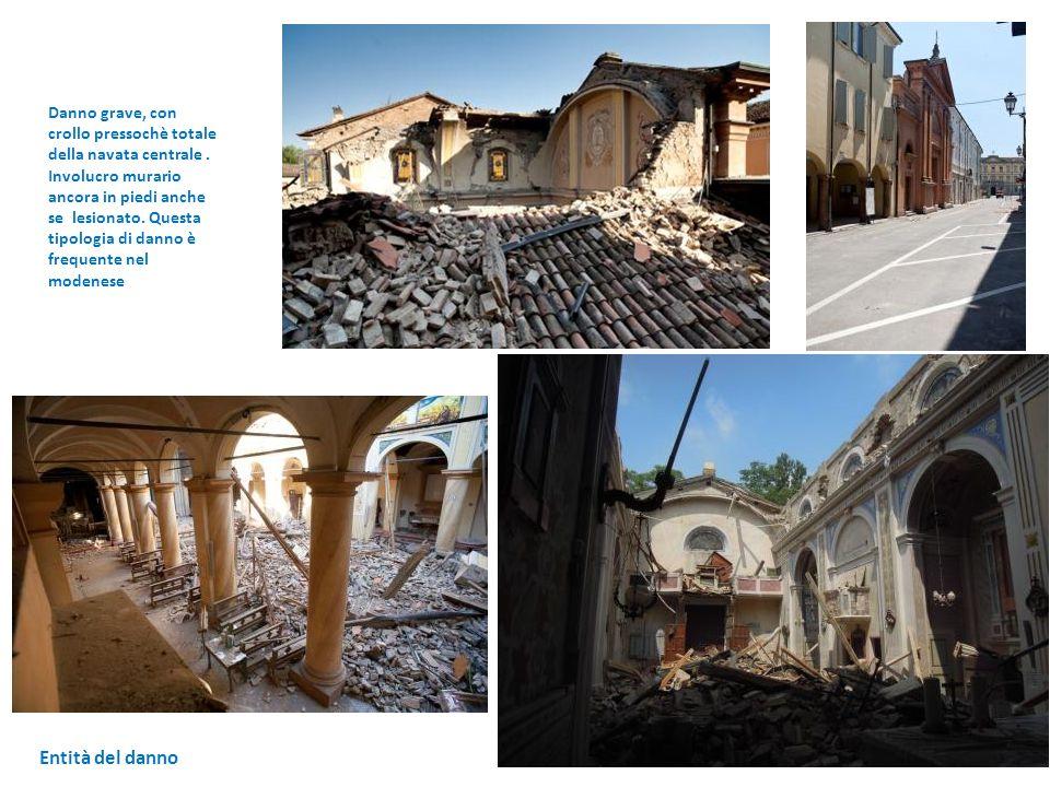 Entità del danno Danno grave, con crollo pressochè totale della navata centrale. Involucro murario ancora in piedi anche se lesionato. Questa tipologi