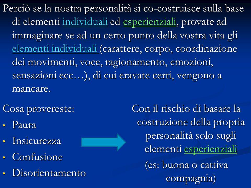 Problemi legati allo sviluppo intellettuale Nuova capacità di pensare in modo ipotetico deduttivo (per iniziare un ragionamento non parte più solo da esperienze concrete ma anche immaginate, per poi trarre delle conclusioni), che non si contrappone a quella precedente, perciò: Nuova capacità di pensare in modo ipotetico deduttivo (per iniziare un ragionamento non parte più solo da esperienze concrete ma anche immaginate, per poi trarre delle conclusioni), che non si contrappone a quella precedente, perciò:  Ha accesso a contenuti più complessi  Domande sul senso della vita e della morte  Ricerca di significato  Ricerca di riferimenti valoriali Marginalità psicologica e sociale perché non è né bambino né adulto Marginalità psicologica e sociale perché non è né bambino né adulto