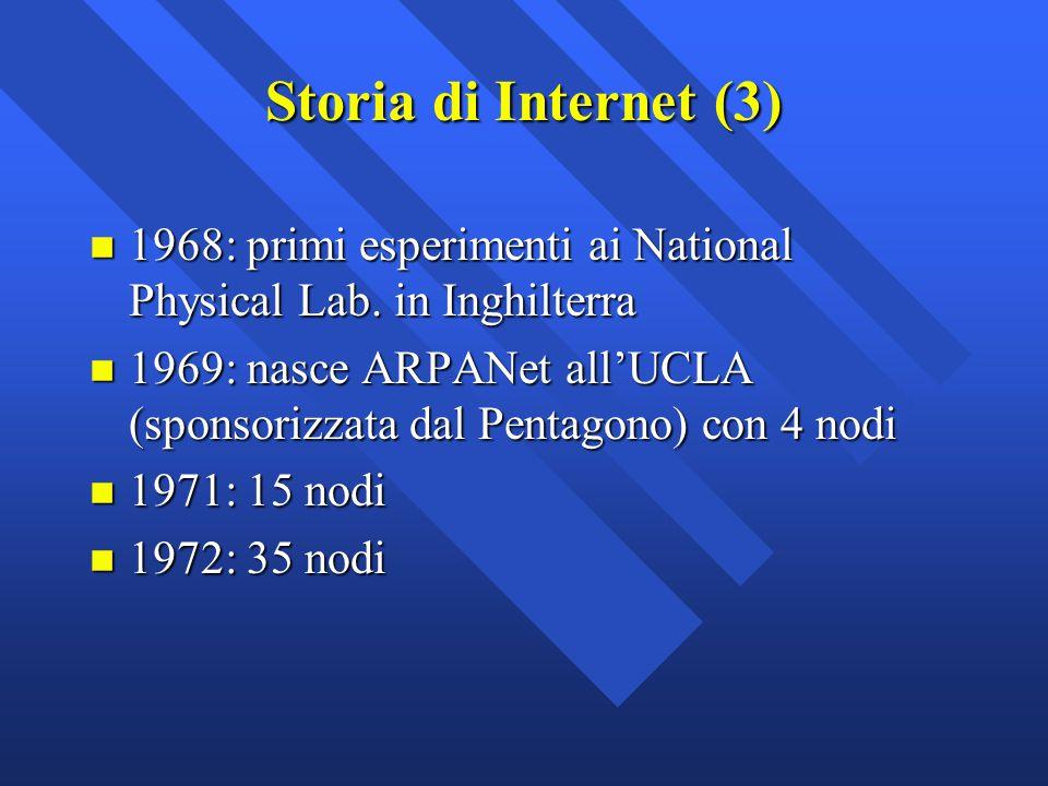 ARPANet: vantaggi n Una struttura decentralizzata ne permette una facile espansione n Permette di utilizzare diversi tipi di macchine purché parlino la stessa lingua n Negli anni '80 il protocollo di comunicazione diventa più sofisticato (TCP/IP) e nasce Internet (da internetworking , interconnessione)