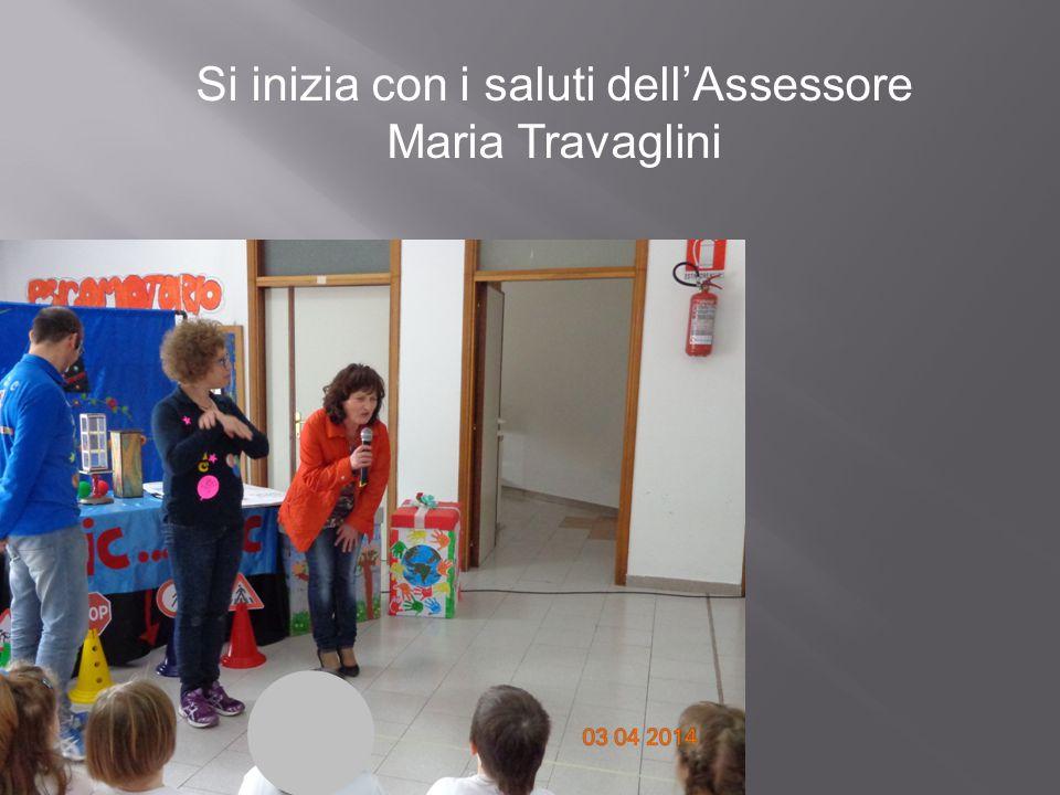 Si inizia con i saluti dell'Assessore Maria Travaglini