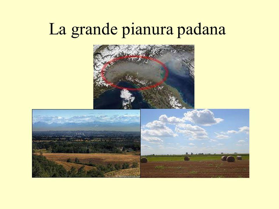 Molte isole piccole e due isole grandi: la Sicilia e la Sardegna