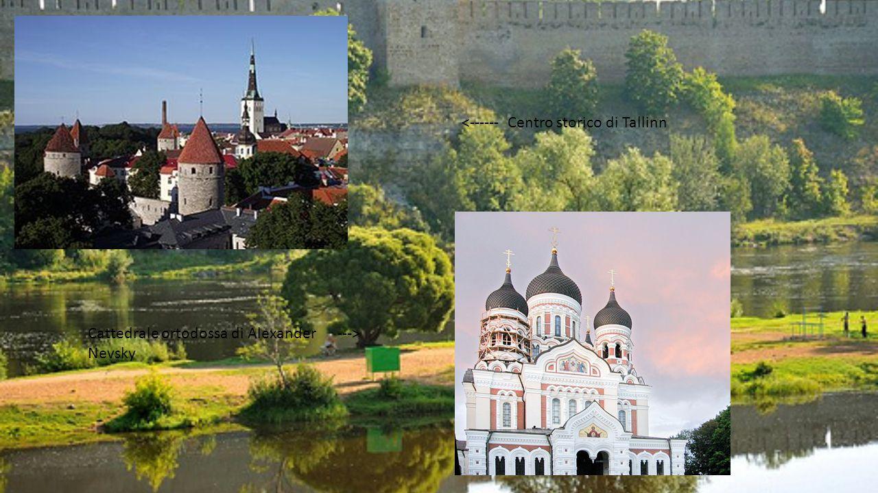 <------ Centro storico di Tallinn Cattedrale ortodossa di Alexander ---> Nevsky