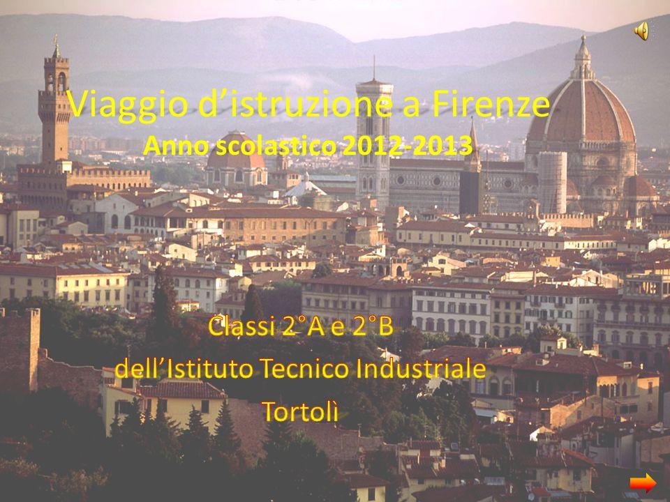 Quest'anno le classi 2^A e 2^B hanno deciso di fare un viaggio d'istruzione a Firenze per conoscere la civiltà umanistica-rinascimentale.