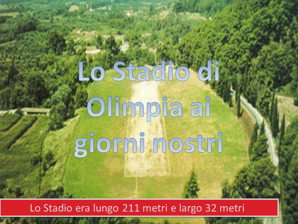 Lo Stadio era lungo 211 metri e largo 32 metri