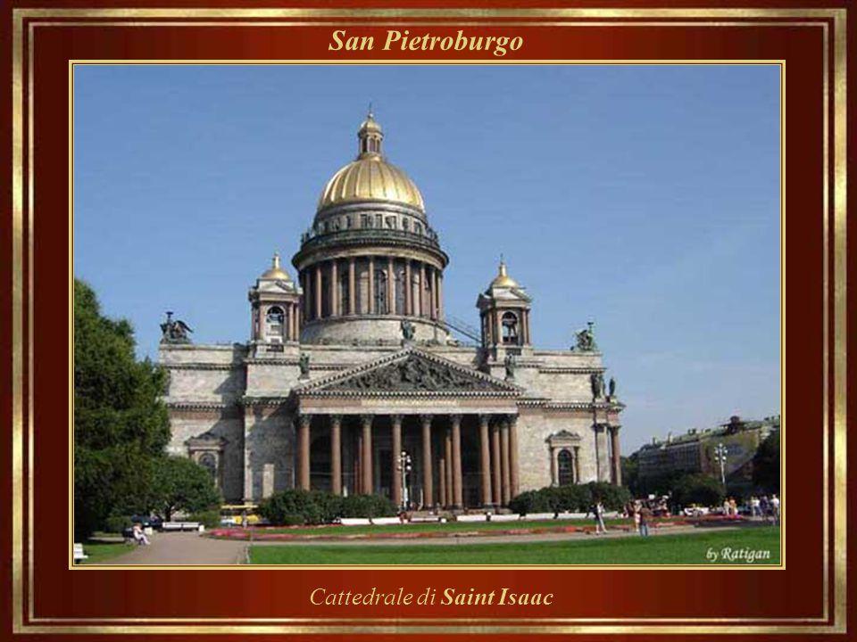 San Pietroburgo Palazzo Mikhailovsky, costruito tra il 1819-1825,