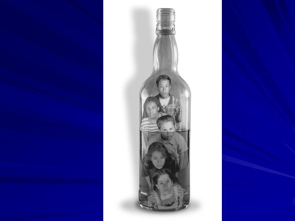 UBRIACHEZZA: Stato di intossicazione acuta da bevanda alcolica ALCOLISMO: Disturbo multifattoriale (bio-psico-sociale) associato all'assunzione protra