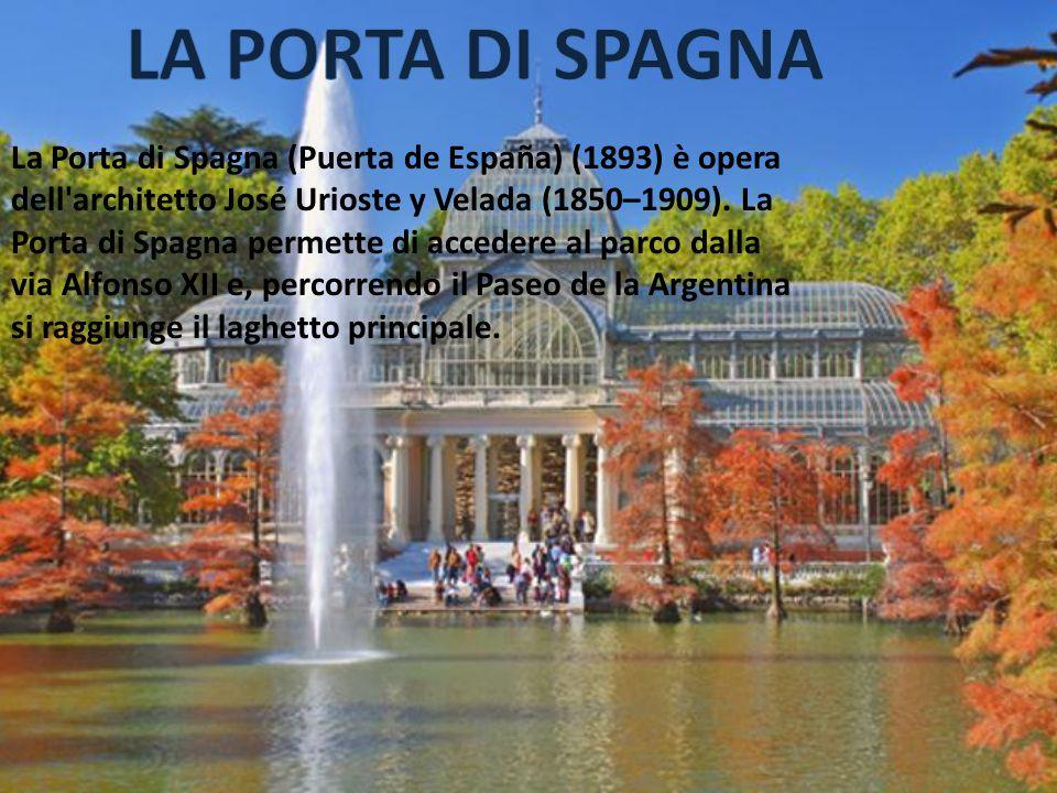 La Porta di Spagna (Puerta de España) (1893) è opera dell'architetto José Urioste y Velada (1850–1909). La Porta di Spagna permette di accedere al par
