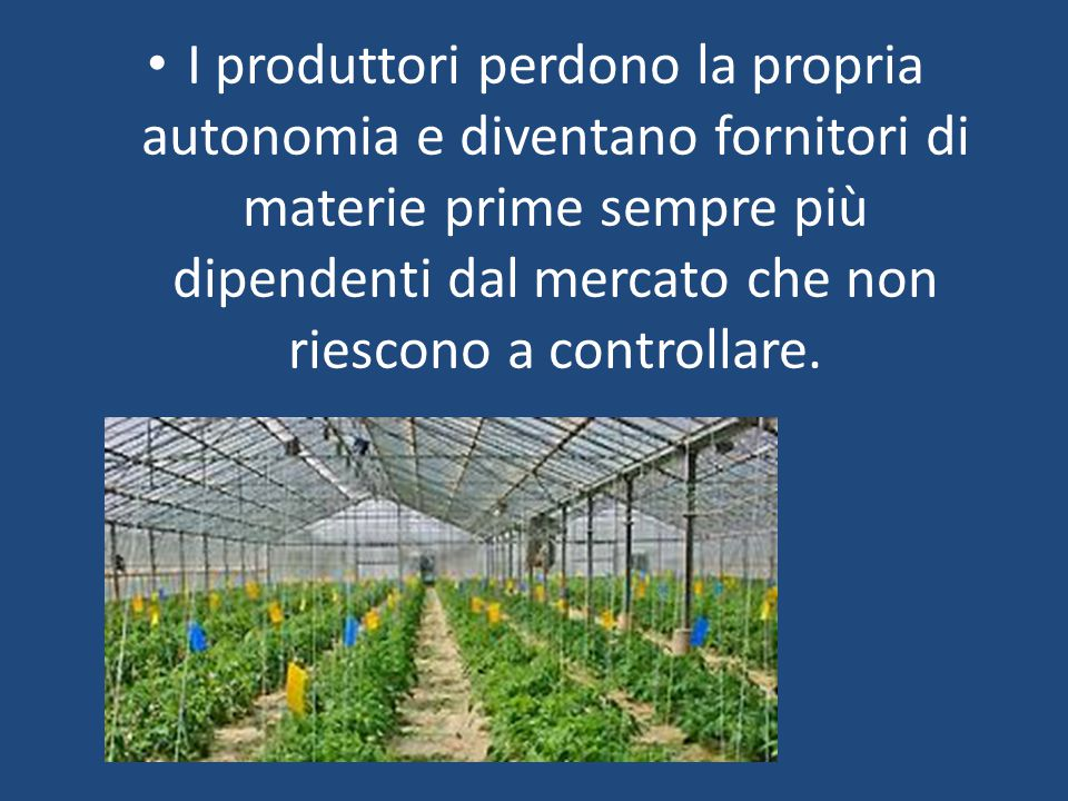L'agricoltura è praticata soprattutto all'aperto,infatti subisce un'influenza del clima e del terreno.