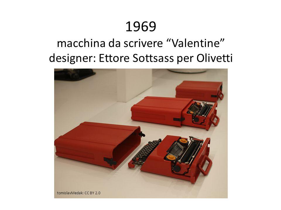 1969 macchina da scrivere Valentine designer: Ettore Sottsass per Olivetti tomislavMedak: CC BY 2.0