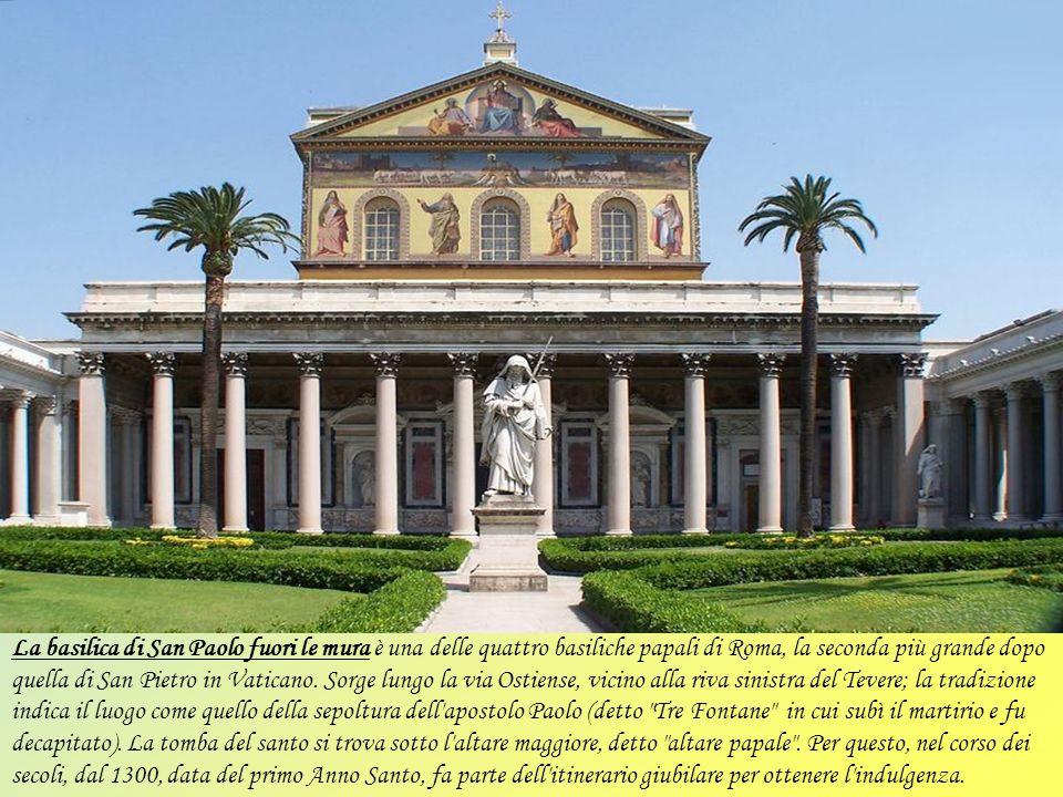 La basilica di San Vitale fu costruita nel 400 e consacrata da Papa Innocenzo I nel 401-402. La dedica a S. Vitale e la sua famiglia (S. Valeria, sua