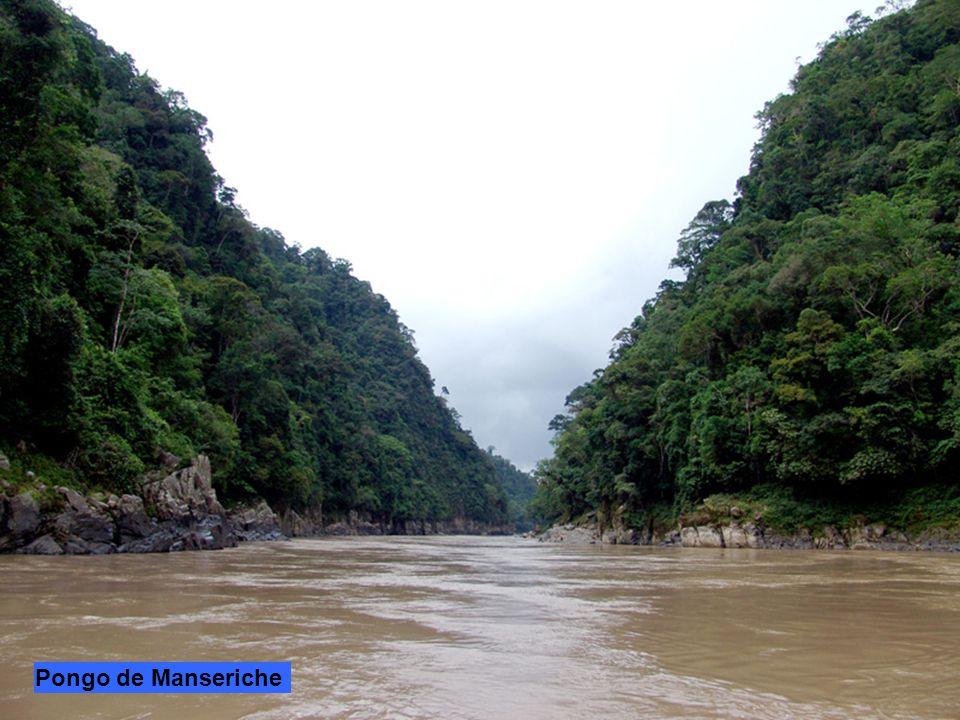 Il fiume Marañón nasce a 5.800 m.s.l. dal ghiacciaio del Nevado de Yapura a160 km a nord est di Lima. Scorre interamente in Perù in una profonda valle
