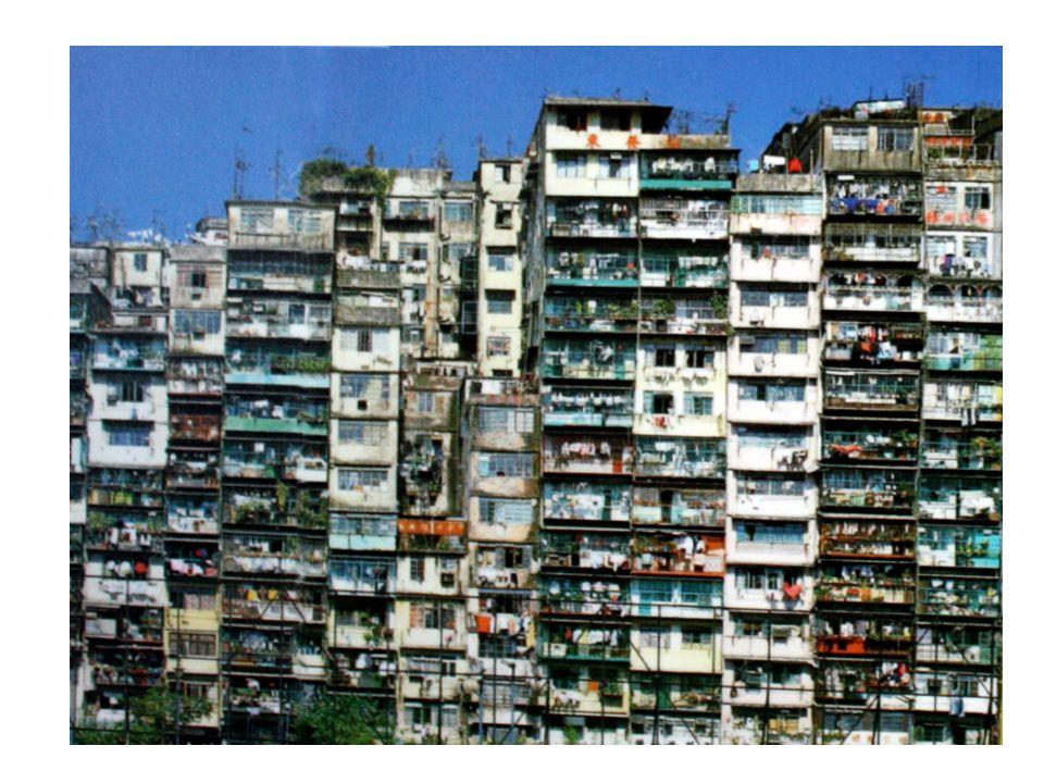 Le condizioni di vita nelle favelas sono estremamente precarie.