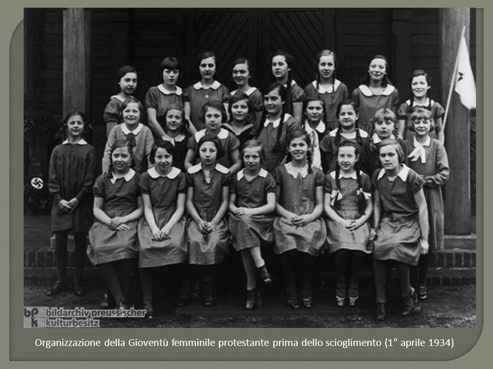 Organizzazione della Gioventù femminile protestante prima dello scioglimento (1° aprile 1934)