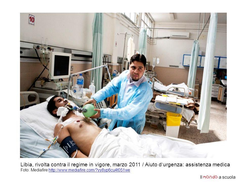 Libia, rivolta contra il regime in vigore, marzo 2011 / Aiuto d'urgenza: assistenza medica Foto: Mediafire http://www.mediafire.com/?yy8yp6cu4t051wehttp://www.mediafire.com/?yy8yp6cu4t051we