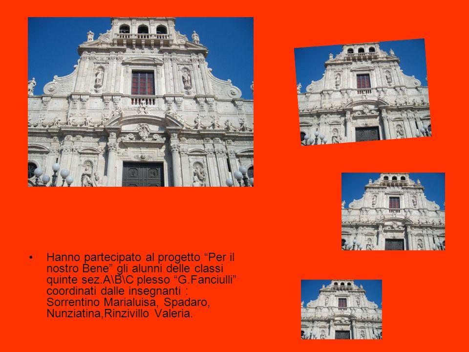 Piazza Madonna del Suffragio. Caratteristica Piazza, molto antica, centro storico del quartiere più popolare della città, dominata dalla bella chiesa
