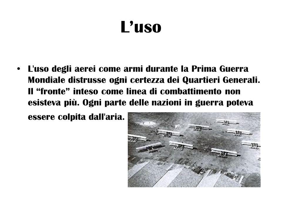 Giulio Douhet Fu un italiano, Giulio Douhet, comandante del battaglione aviatori dal 1913 al 1915, a diventare uno dei primi teorici della guerra aerea, sostenendo in particolare l importanza dell aviazione da bombardamento in funzione strategica.