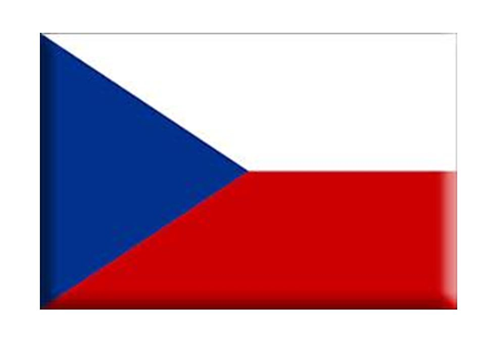 PRAGA ATTRAVERSATA DAL FIUME MOLDAVA 1.300.000 ABITANTI