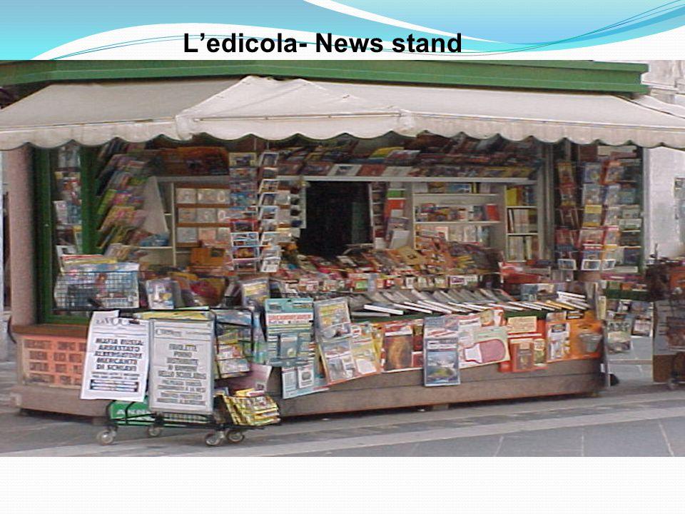 L'edicola- News stand